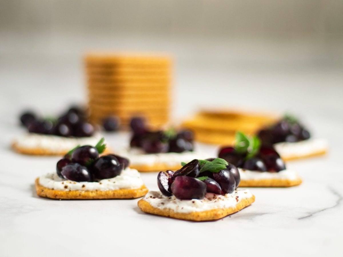 Grape and Peppered Yogurt Crackers