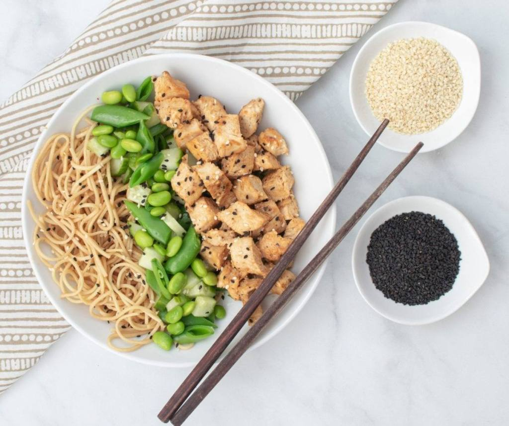Sesame Chicken Noodle Bowl, Meal prep and counting macros