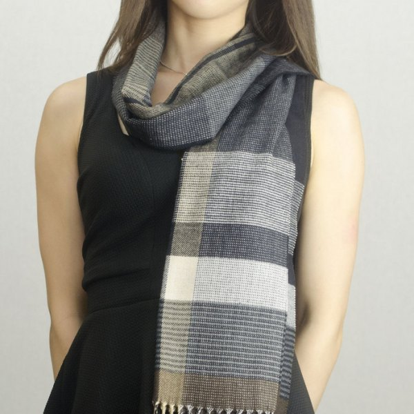 Woven Cashmere Feel Plaid Scarf Z40 Grey/Brown 2