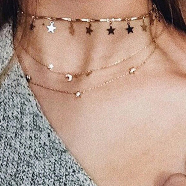 Gold Star Decor Chain Necklace 2