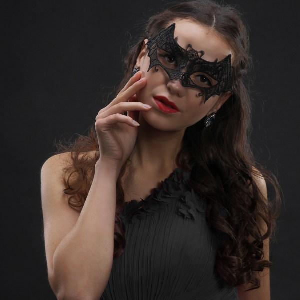 Black Crochet Lace Embellished Party Eye Mask 2