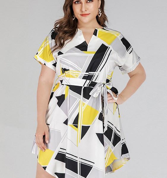 Plus Size Belt Design Geometric V-neck Short Sleeves Dress 2