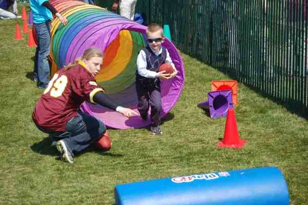 nfl play 60, white house egg roll