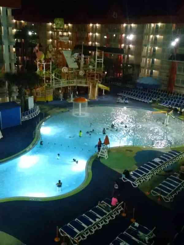nickelodeon resort orlando pool