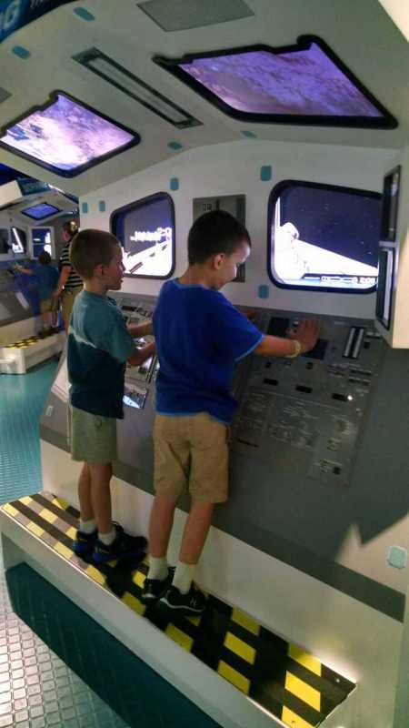 activities for kids kennedy space center