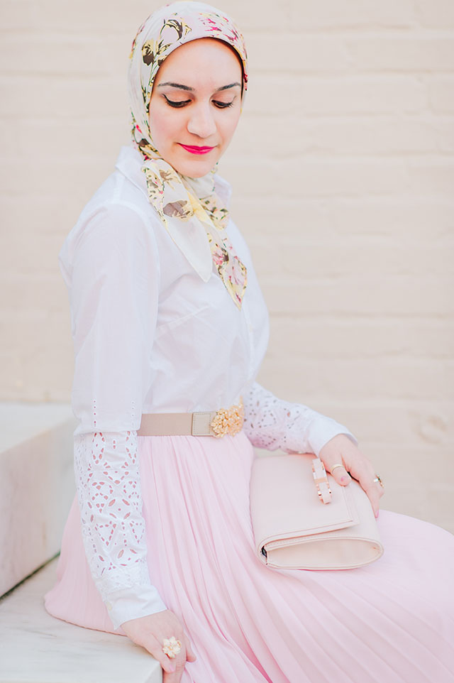 Rachel Parcell Blushing Pleated Midi Skirt, Spring style, pink midi skirt, hijabi, Federal Hill Park, Baltimore, Fashion Blogger, Banana Republic Eyelet shirt, haute hijab scarf, bcbg embellished belt, ted baker pink clutch