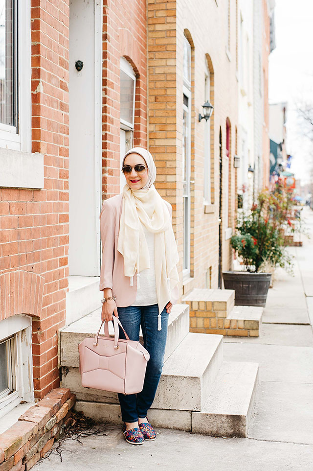 TOMS X JAMES GOLDCROWN HEARTS WOMEN'S CLASSICS, Valentine's Day Outfit, Pink Blazer, Kate Spade Pink Handbag, Hijabi Fashion, V-Day look, MAC Girl About Town Lipstick