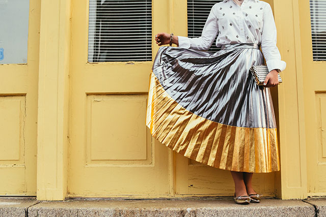 Metallic Contrast Pleated Midi Skirt - Fells Point Baltimore - Embellished Top - Silver Flats - ASOS Cat eye sunglasses - Metallic clutch - fashion blogger - hijabi fashion - modest skirt