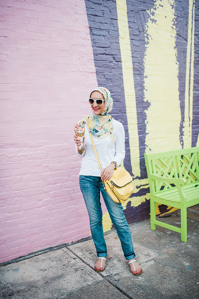 Bmore Licks-Summer Fashion-M. Gemi The Treccia-Yellow bag-Jeans and Tee-Modest Fashion-HIjabi-Baltimore