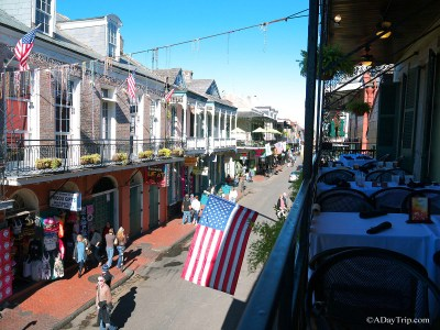 balcony overlooking french quarter