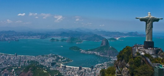 51355d8fb3fc4b39f600000e_as-10-cidades-mais-felizes-do-mundo_rio-530x247.jpg