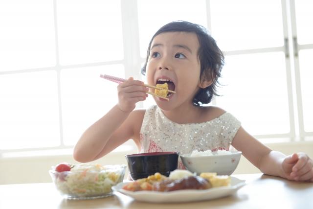 ハンバーグで子供が喜ぶ柔らか食感の簡単レシピとコツ!ソースも♪