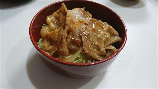 豚丼スタミナレシピ 薄切り肉を使ったものの完成品