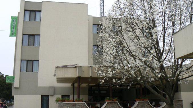 hotel central ineu