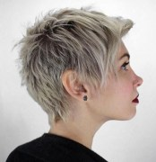 Amazing Hairstyles For Women With Thin Hair12