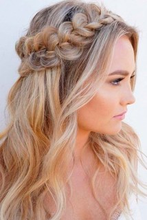 Awesome Long Hairstyles For Women04