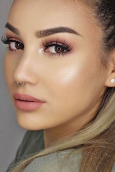 Best Natural Prom Makeup Ideas To Makes You Look Beautiful12