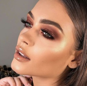 Best Natural Prom Makeup Ideas To Makes You Look Beautiful34