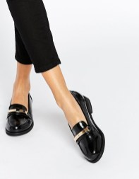 Classy Business Women Outfits Ideas With Flat Shoes02