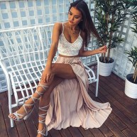 Cute Maxi Skirt Outfits To Impress Everybody01