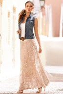 Cute Maxi Skirt Outfits To Impress Everybody02