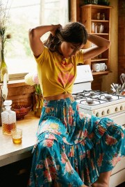 Cute Maxi Skirt Outfits To Impress Everybody26