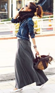 Cute Maxi Skirt Outfits To Impress Everybody37