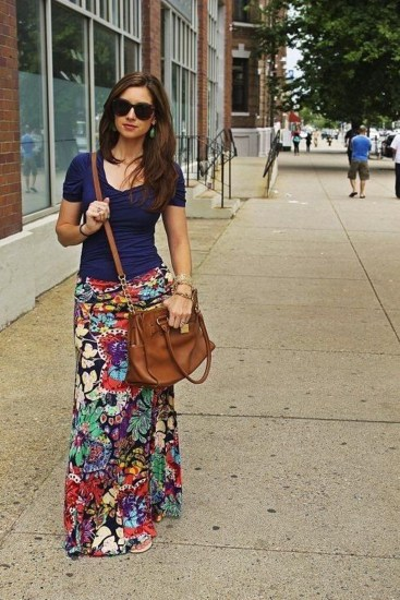 Cute Maxi Skirt Outfits To Impress Everybody43