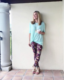 Cute Outfits Ideas With Leggings Suitable For Fall05