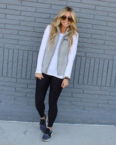 Cute Outfits Ideas With Leggings Suitable For Fall30