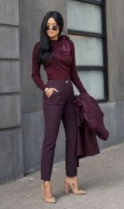 Fantastic And Gorgeous Professional Outfit To Wear This Fall32