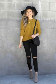 Lovely Fall Outfits Ideas To Try Right Now22
