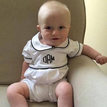Most Popular Newborn Baby Boy Summer Outfits Ideas07