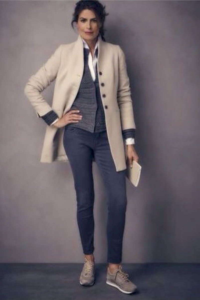 Amazing Classy Outfit Ideas For Women11