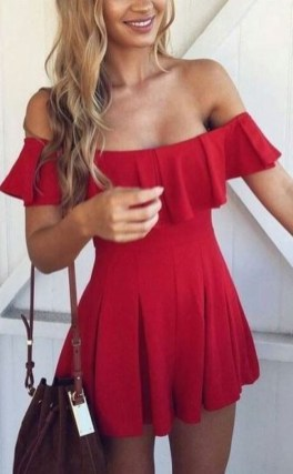 Charming Summer Outfits Ideas To Copy Right Now06