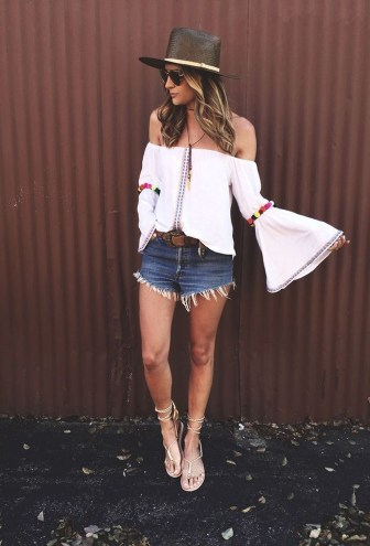 Charming Summer Outfits Ideas To Copy Right Now46