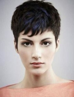 Chic Short Hairstyle To Copy Right Now15