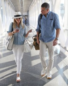 Classic And Casual Airport Outfit Ideas01