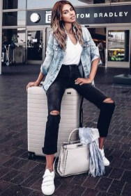 Classic And Casual Airport Outfit Ideas13