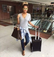 Classic And Casual Airport Outfit Ideas28