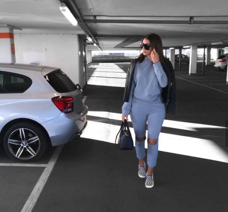 Classic And Casual Airport Outfit Ideas33