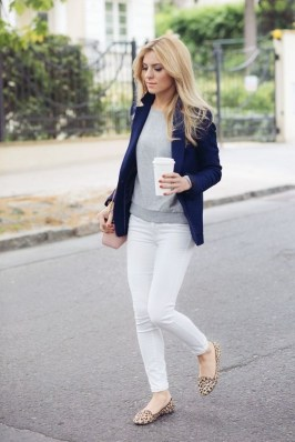 Comfortable Work Outfit Inspiration09