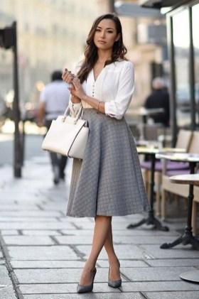 Comfortable Work Outfit Inspiration18