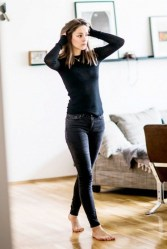 Cute Forward Fall Outfits Ideas To Update Your Wardrobe22