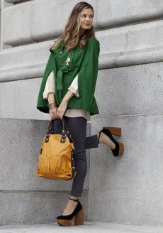 Cute Forward Fall Outfits Ideas To Update Your Wardrobe38