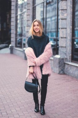 Cute Winter Outfits Ideas To Copy Right Now17