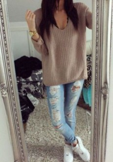 Fabulous And Fashionable School Outfit Ideas For College Girls11