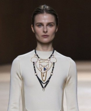 Lovely Fall Winter Jewelry Trends Ideas32
