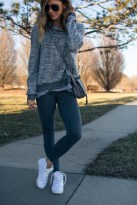 Trendy And Casual Outfits To Wear Everyday24