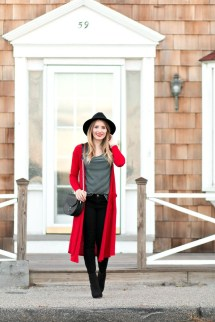 Unique Ways To Wear A Cardigan This Fall02